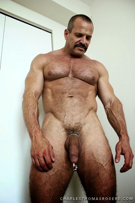 video gay mature escort  metz