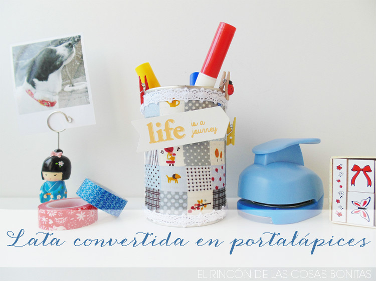 lata reciclada en portalápices con tela adhesiva