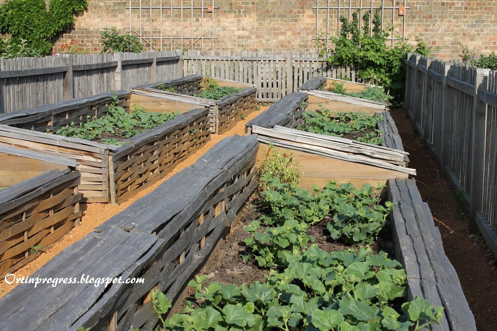 Orti in progress il kitchen garden di hampton court palace for Cassoni per orto rialzato