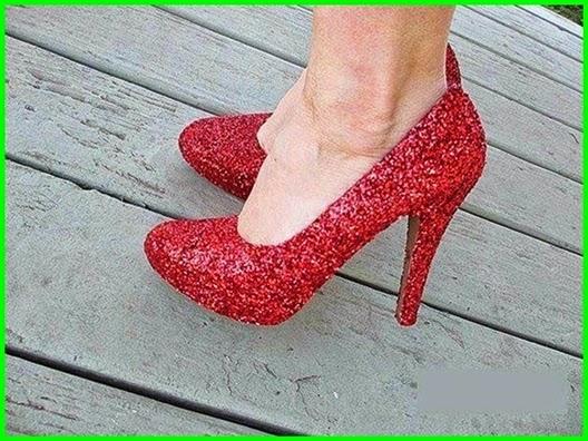Abendkleid Schuhe