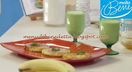 Ananas grigliato e smoothie alla banana ricetta Parodi per Molto Bene su Real Time