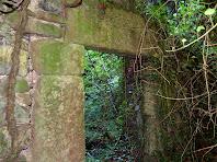 Porta d'entrada a la segona planta del primer Molí del Pla