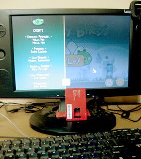 Game Angry bird dari Rovio bisa juga dimainkan di PC atau Netbook  berbasis windows