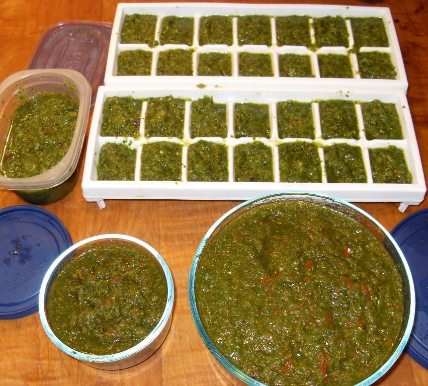 Casa del Gato Azul: You can't cook Puerto Rican without Sofrito!