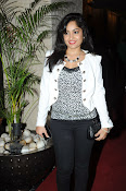 Madhavi Latha Latest Photos Gallery-thumbnail-12