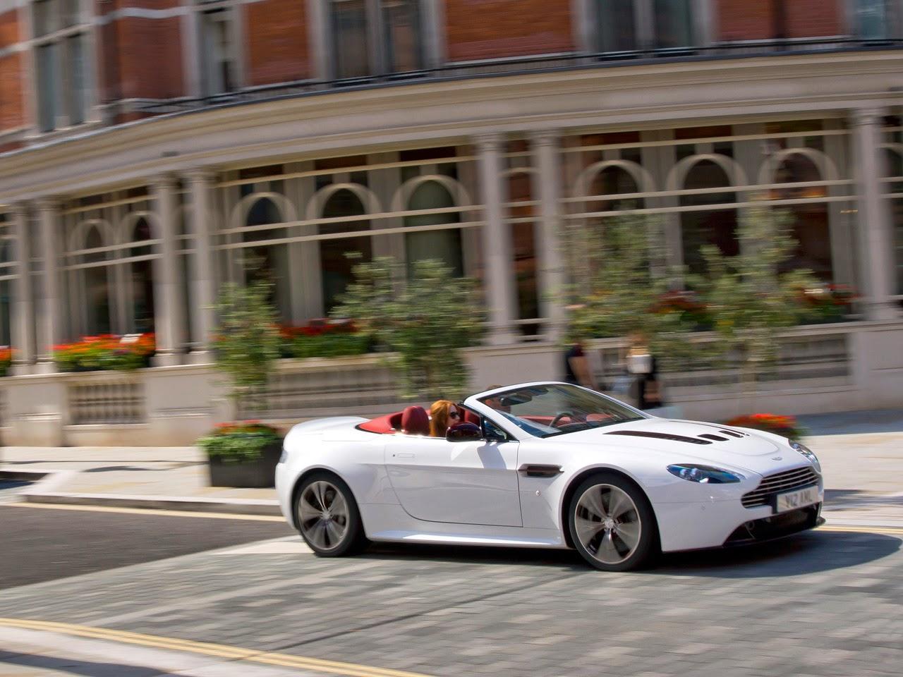 2012 Aston Martin V12 Vantage Roadster Wallpaper