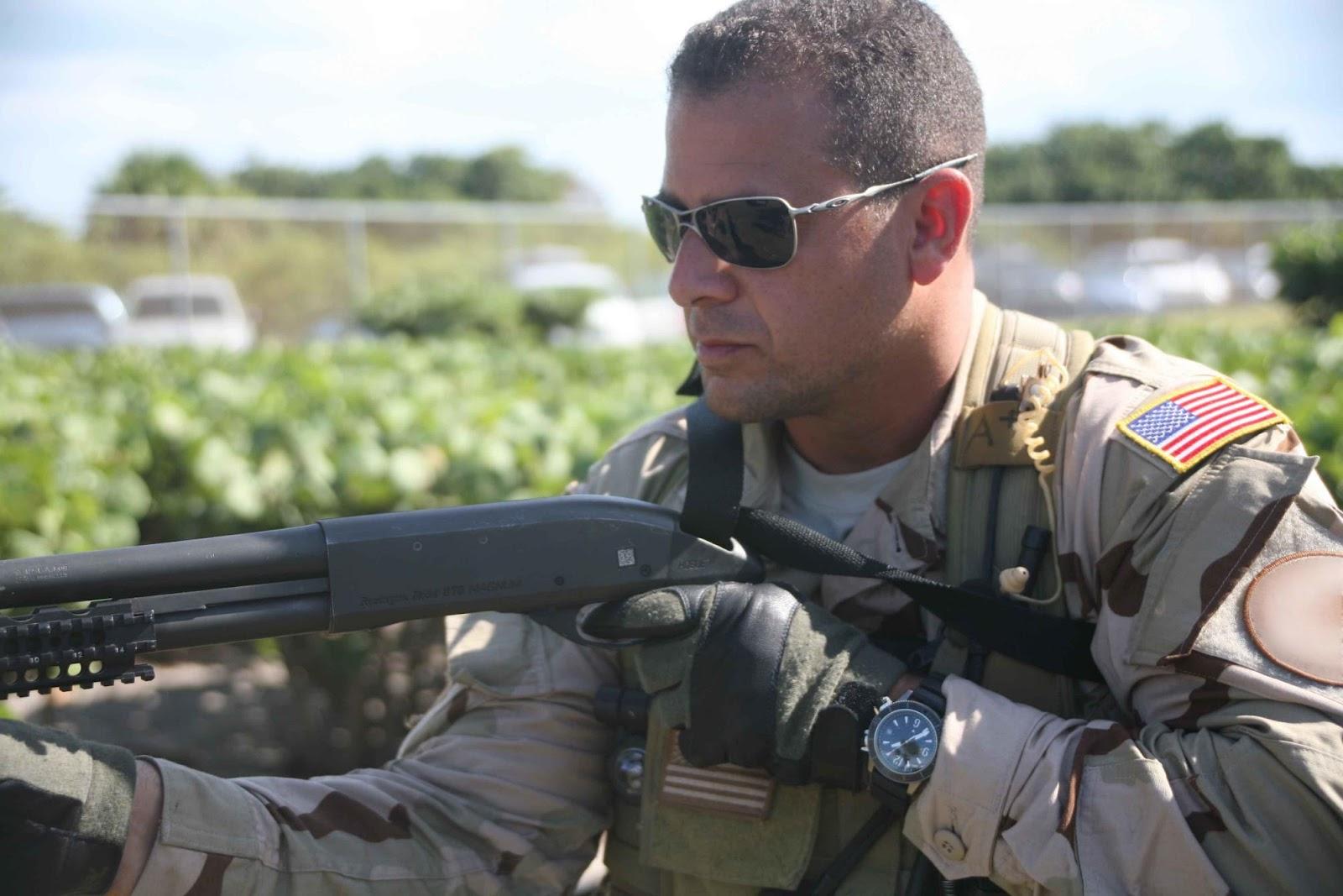 http://1.bp.blogspot.com/-Zugbjtu8tds/T0yelBdV6xI/AAAAAAAABvw/DSuAH44DTII/s1600/Jaeger-LeCoultre+Navy+SEALs.jpg