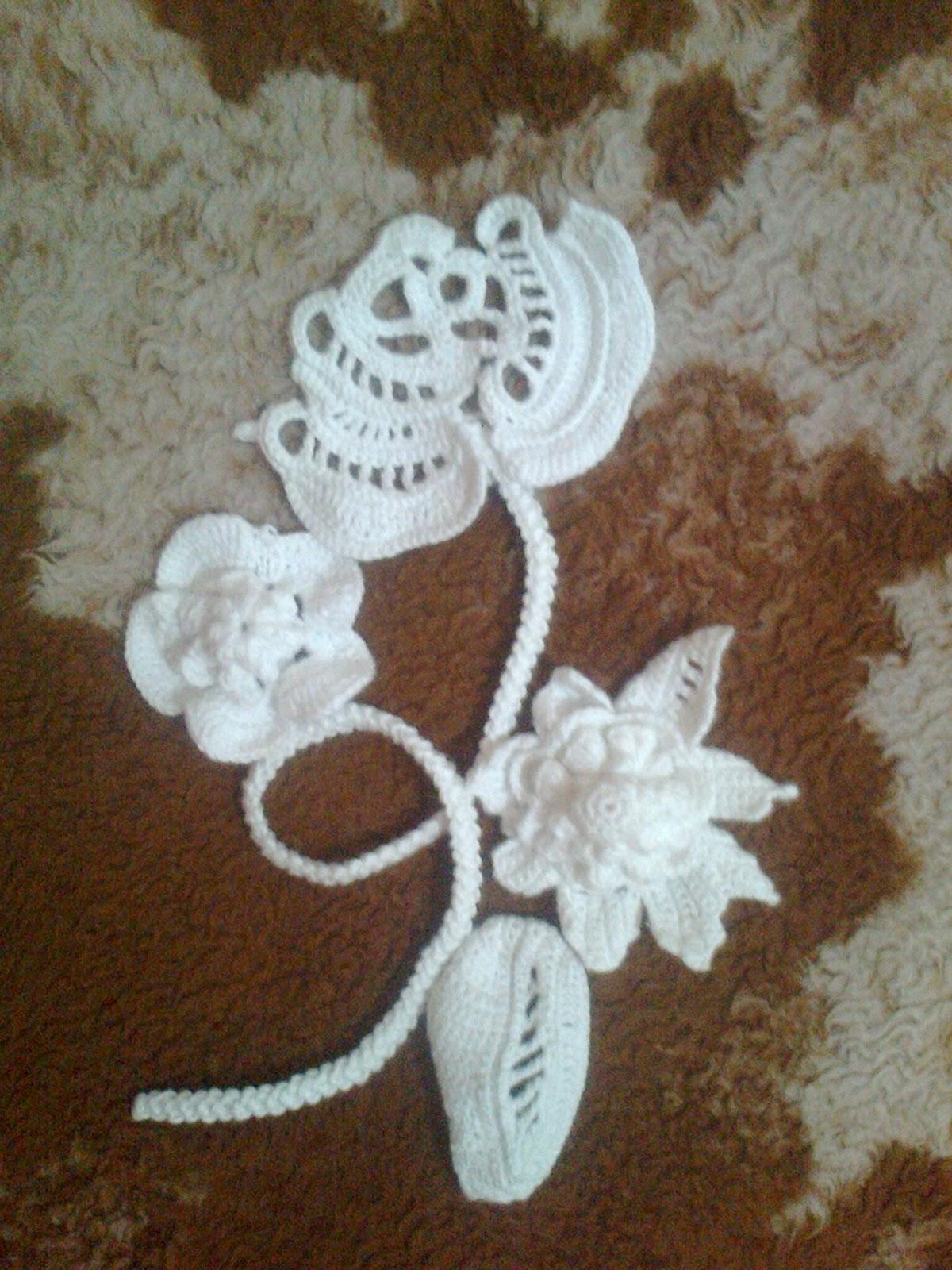 Ms.crochet: Lily returns doing Irish crochet