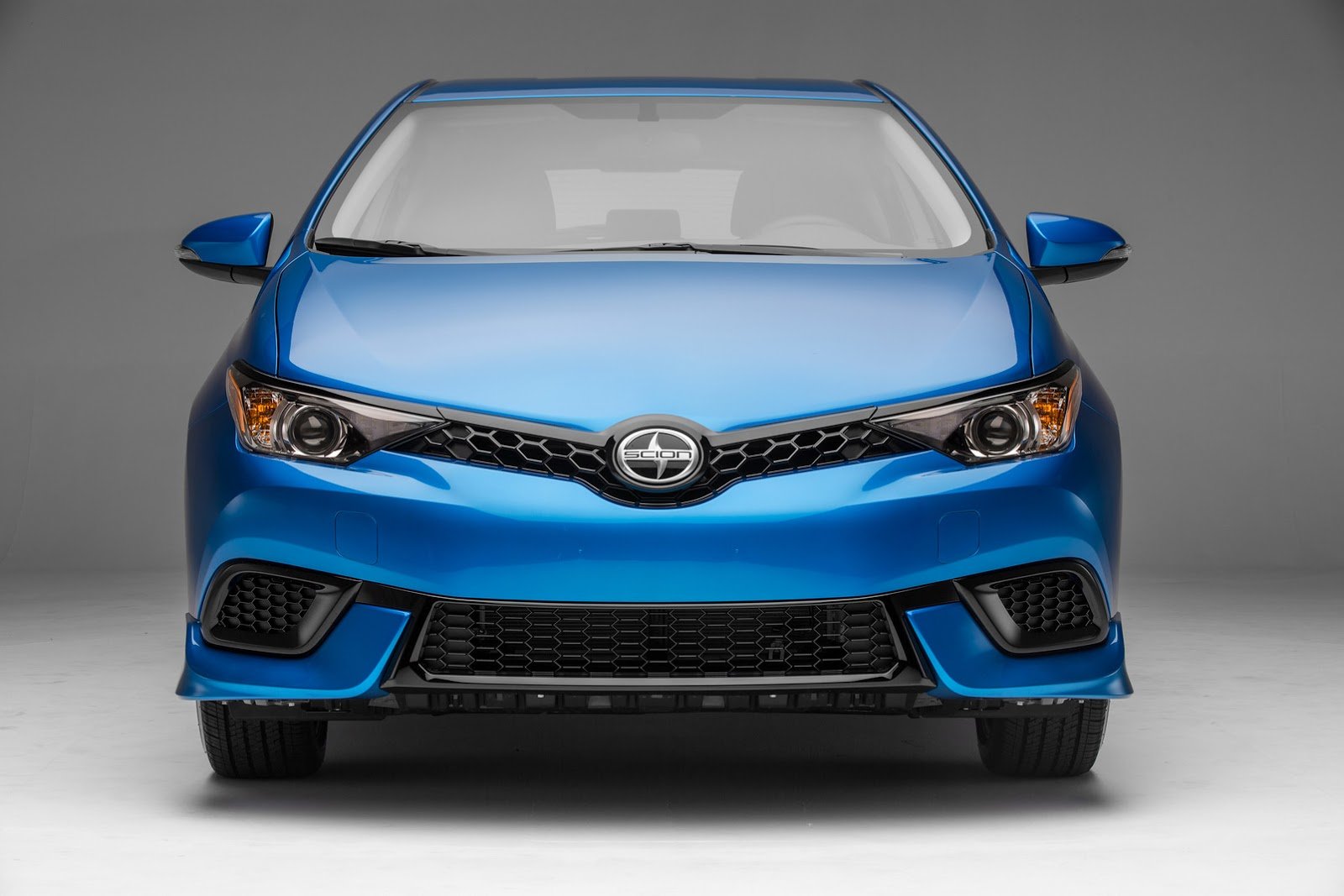 2016 Scion iM Is A Toyota Auris In Disguise For U.S. Priced Under $20k