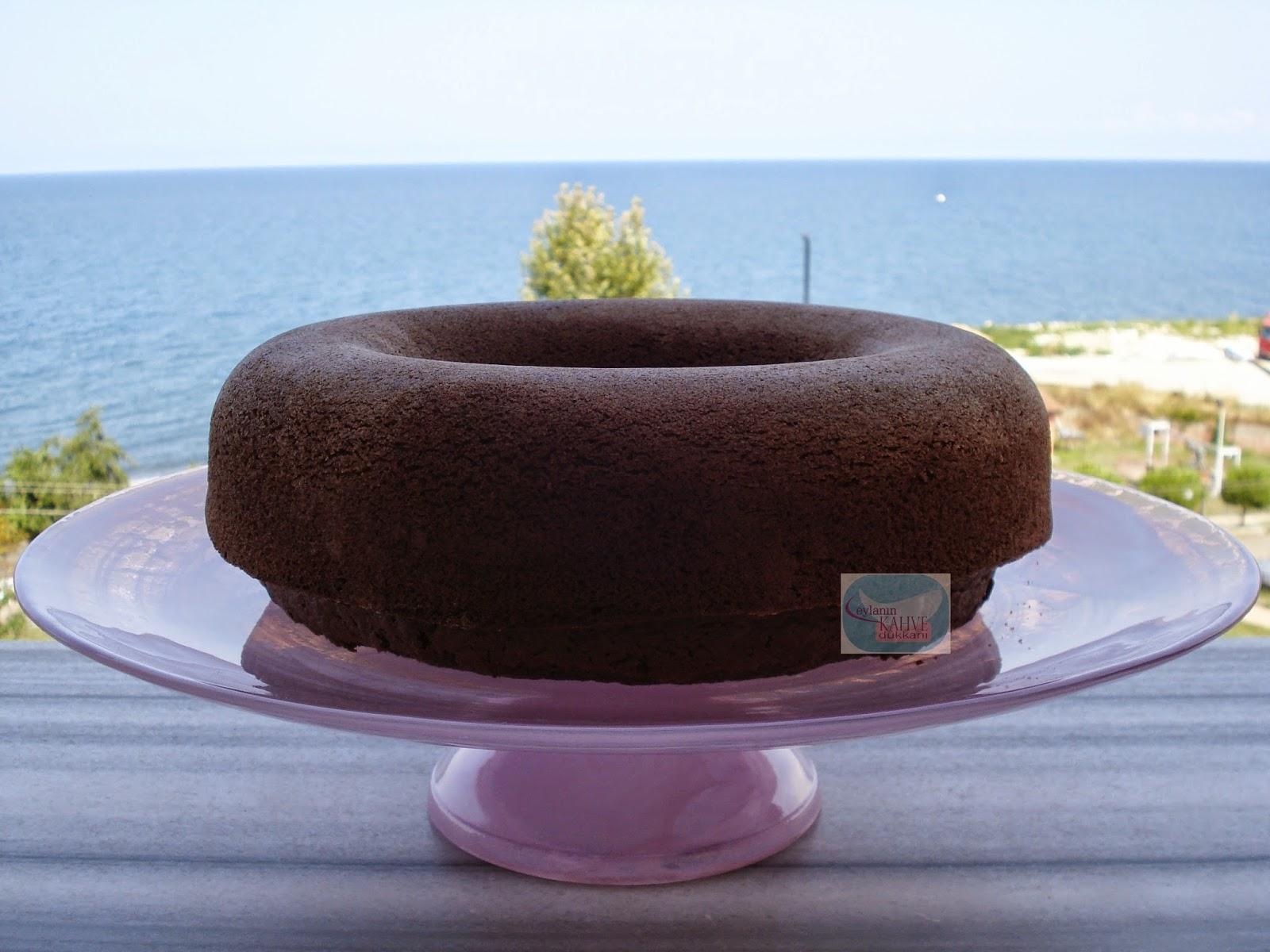 Kakaolu ve bademli kek , bademli kek nasıl yapılır ?