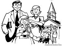 Gambar Sebuah keluarga Pulang Dari Gereja Untuk Merayakan Natal Dirumah