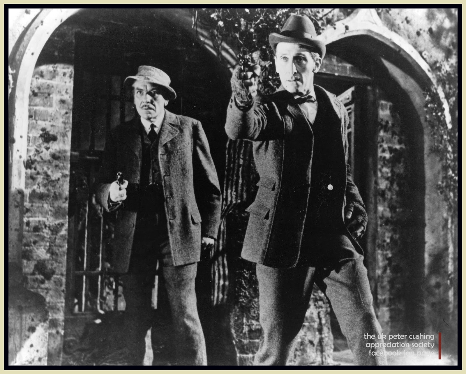 petercushingblog pot com pcasuk andre morell and peter com pcasuk andre morell and peter cushing holmes and watson the hound of the baskervilles stills gallery and review