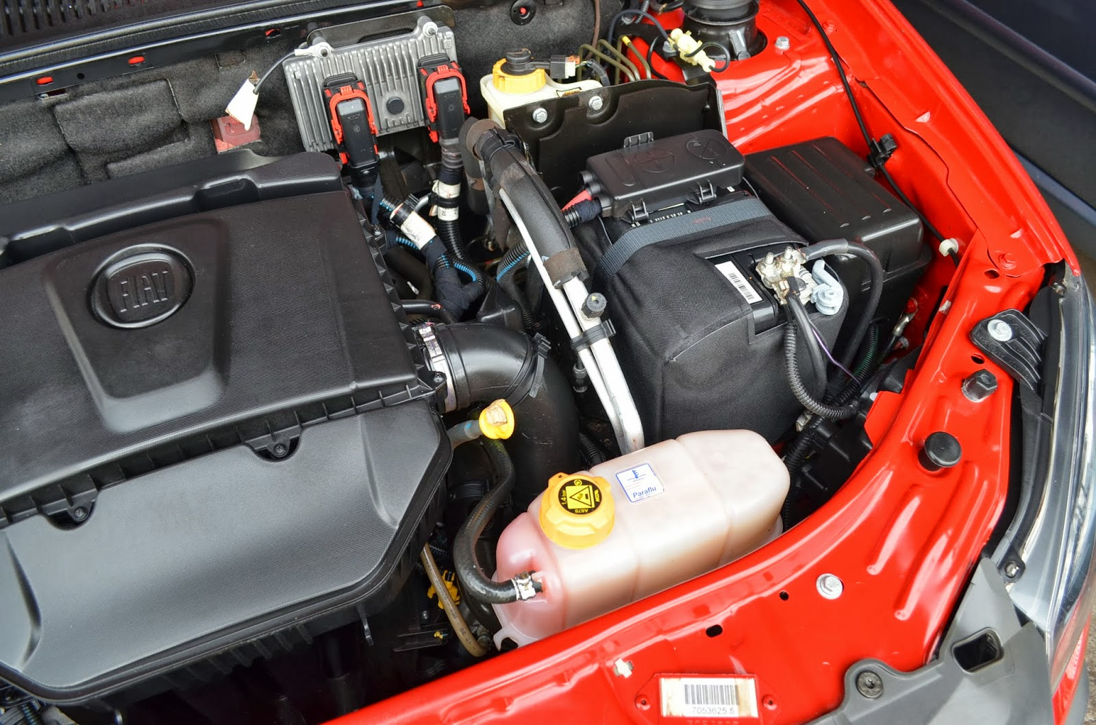 Beto autom veis 2011 fiat palio w adv locker 1 8 for Fiat palio adventure locker 2011 precio