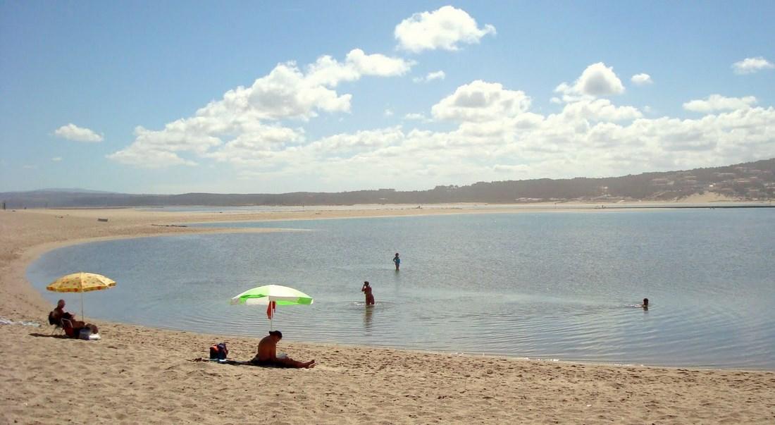 The beach at Foz do Arelho, Silver Coast, Portugal