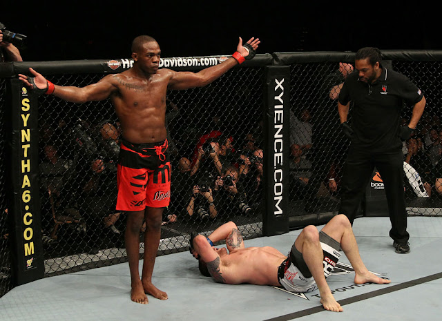 ufc mma fighter jon jones vs mauricio rua picture image