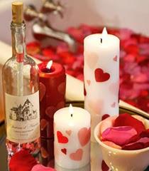 Романтична украса със свещи за Свети Валентин