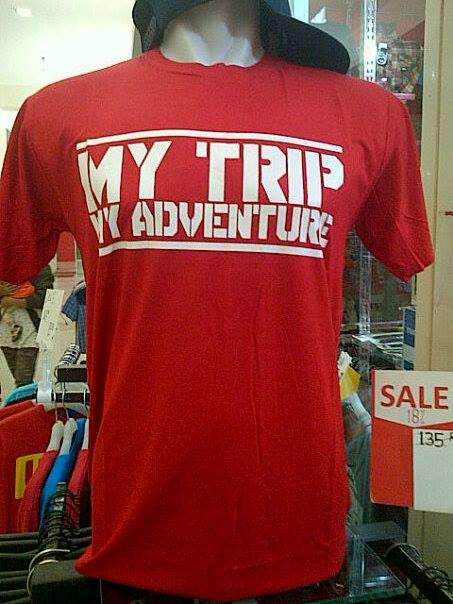 Baju Kaos My Trip My Adventure Merah Lengan Pendek