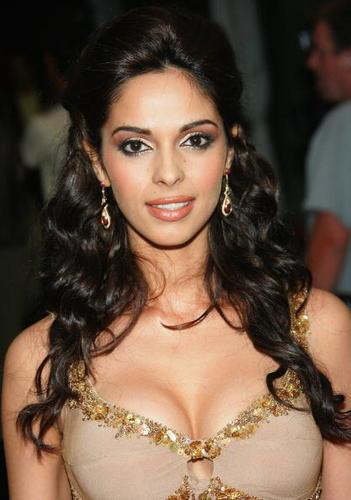 Mallika Sherawat Hot Celebrity