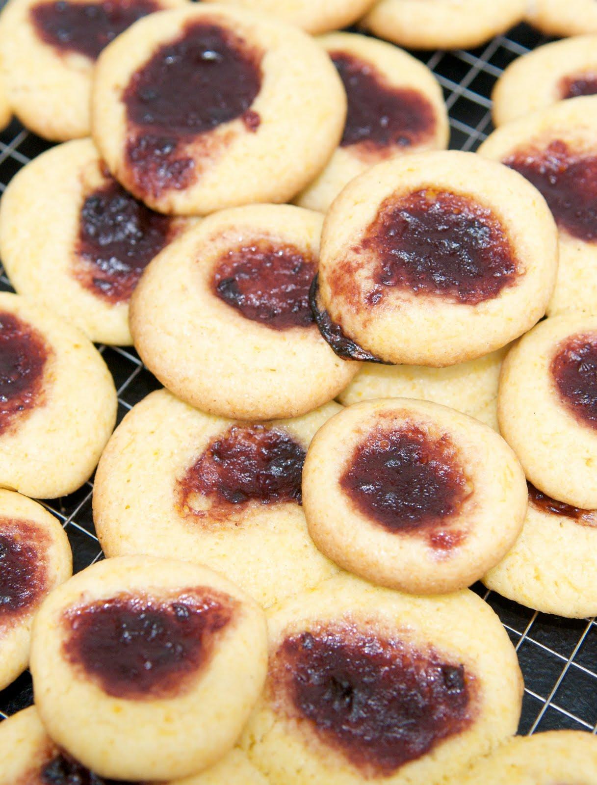 how to make custard cookies