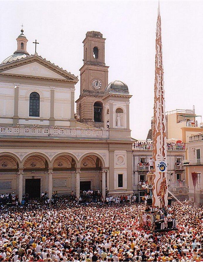 Nola Italy  city photo : ... della Legalità: Gigli di Nola, finiscono all'ospedale in 12. E ora