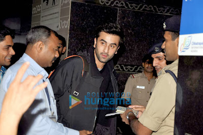 Ranbir Kapoor leaves for New Year celebration