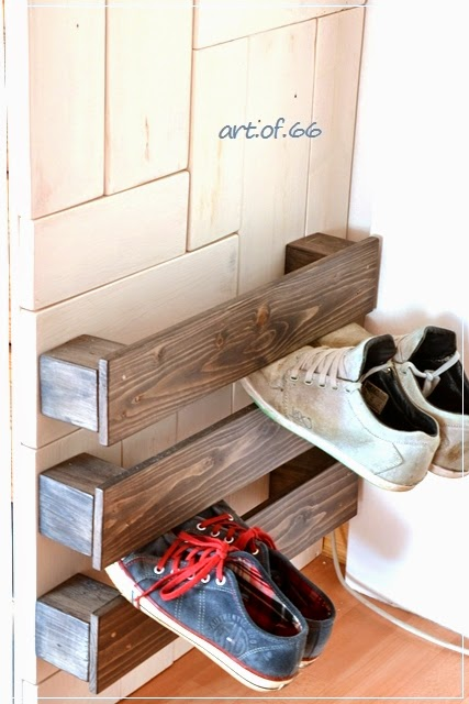 Easy pallet wood shoe storage by Art of 66, featured on ILoveThatJunk.com