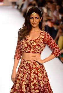 Nimrat Kaur Looks Fabulous in Desinger Ghagra Choli Walks the Ramp for Lakme FashionWeek 2015