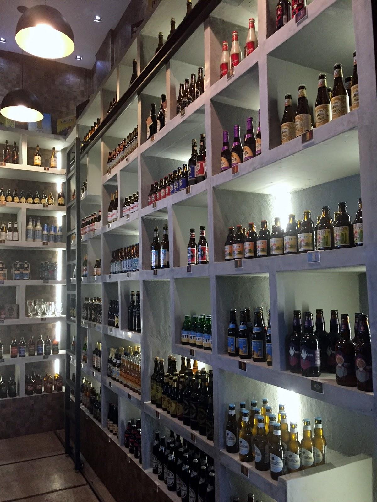 A perua da cerveja degusta o da dado bier no bar nook bier - Happy casa mestre ...
