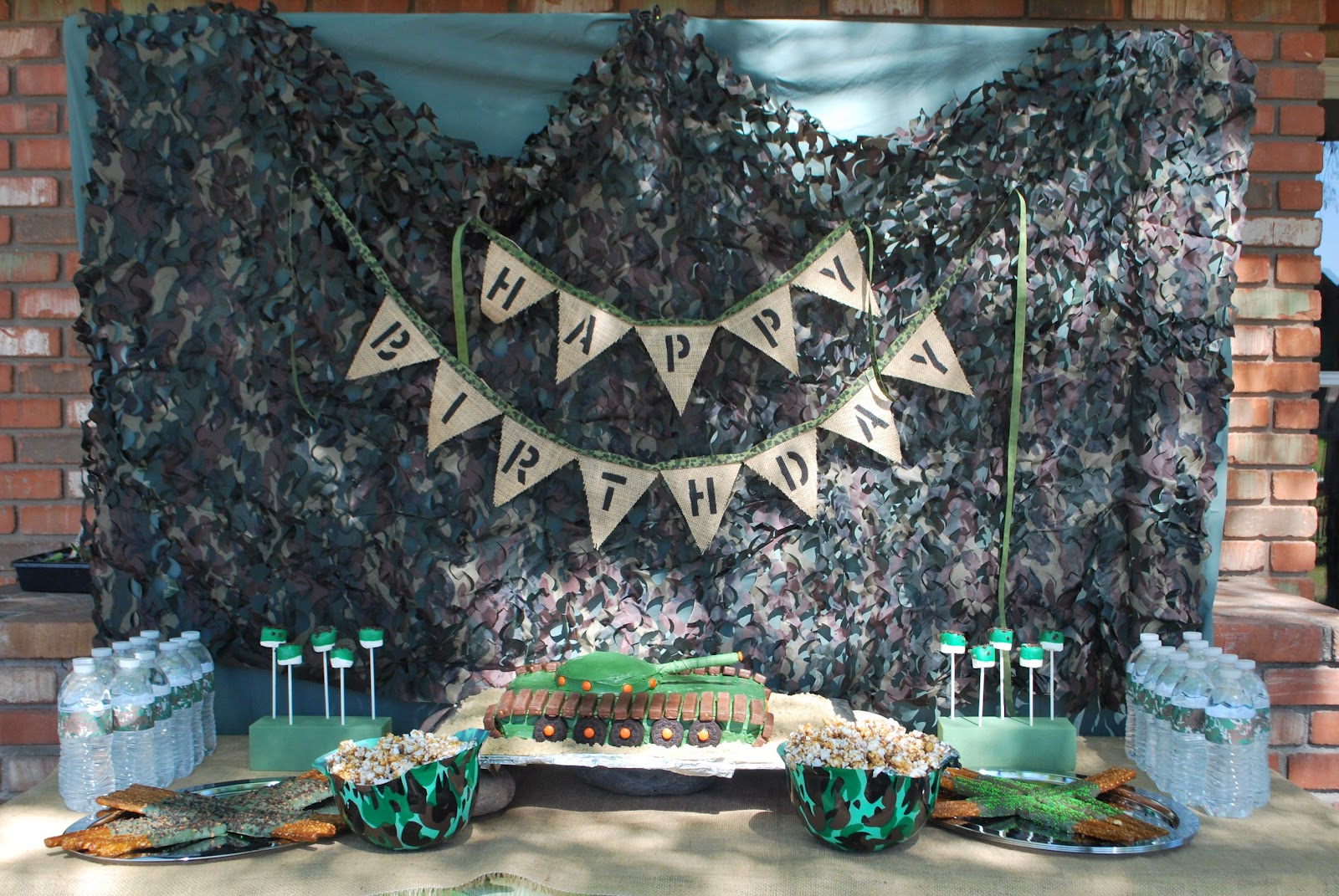 Army party decorations on pinterest army party military for Army theme party decoration ideas