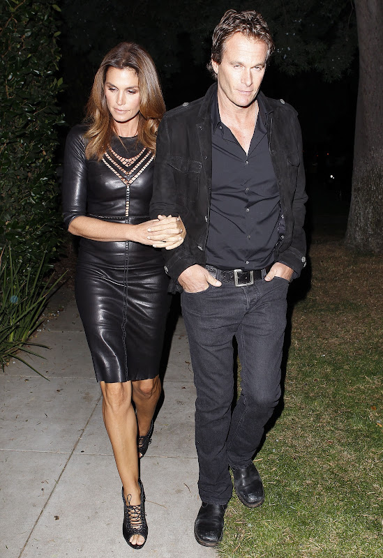 Cindy Crawford   Arriving at 2012 Halloween Party In Beverly Hills
