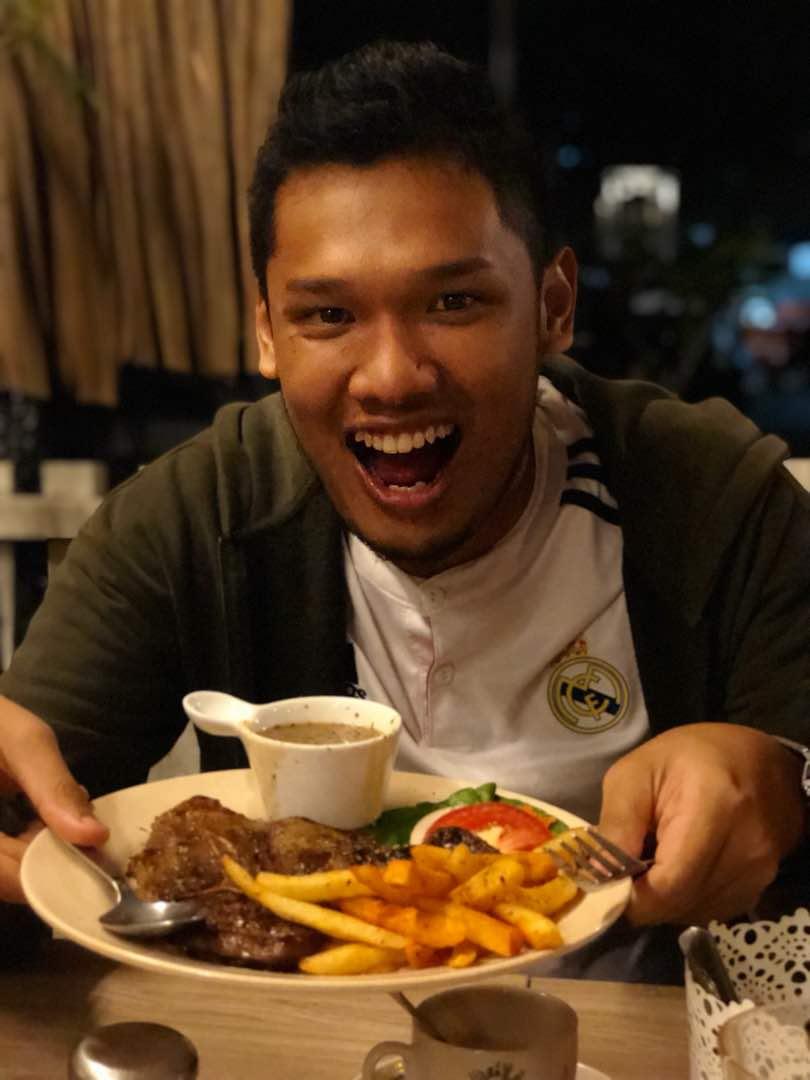 Grella's Cabin - Subang 2, Subang Jaya