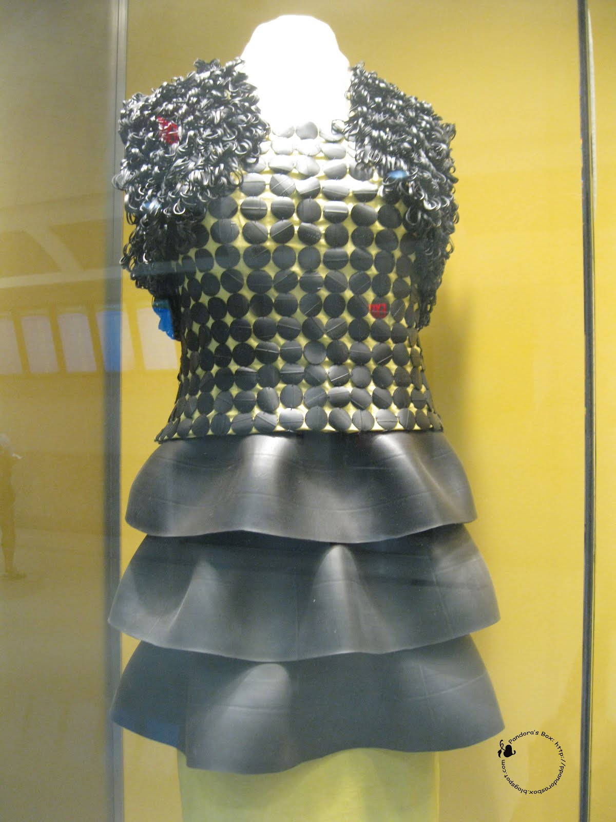 Pandora 39 s box recycled items made into clothing recycle runway - How to reuse old clothes well tailored ideas ...