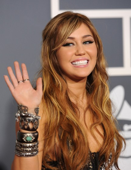 miley cyrus 2011 grammys. Enjoy The Pics Of Miley Cyrus