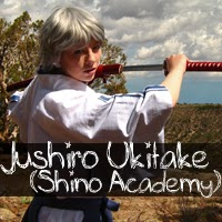 http://albinoshadowcosplay.blogspot.com/2013/11/jushiro-ukitake-shino-academy-photo.html