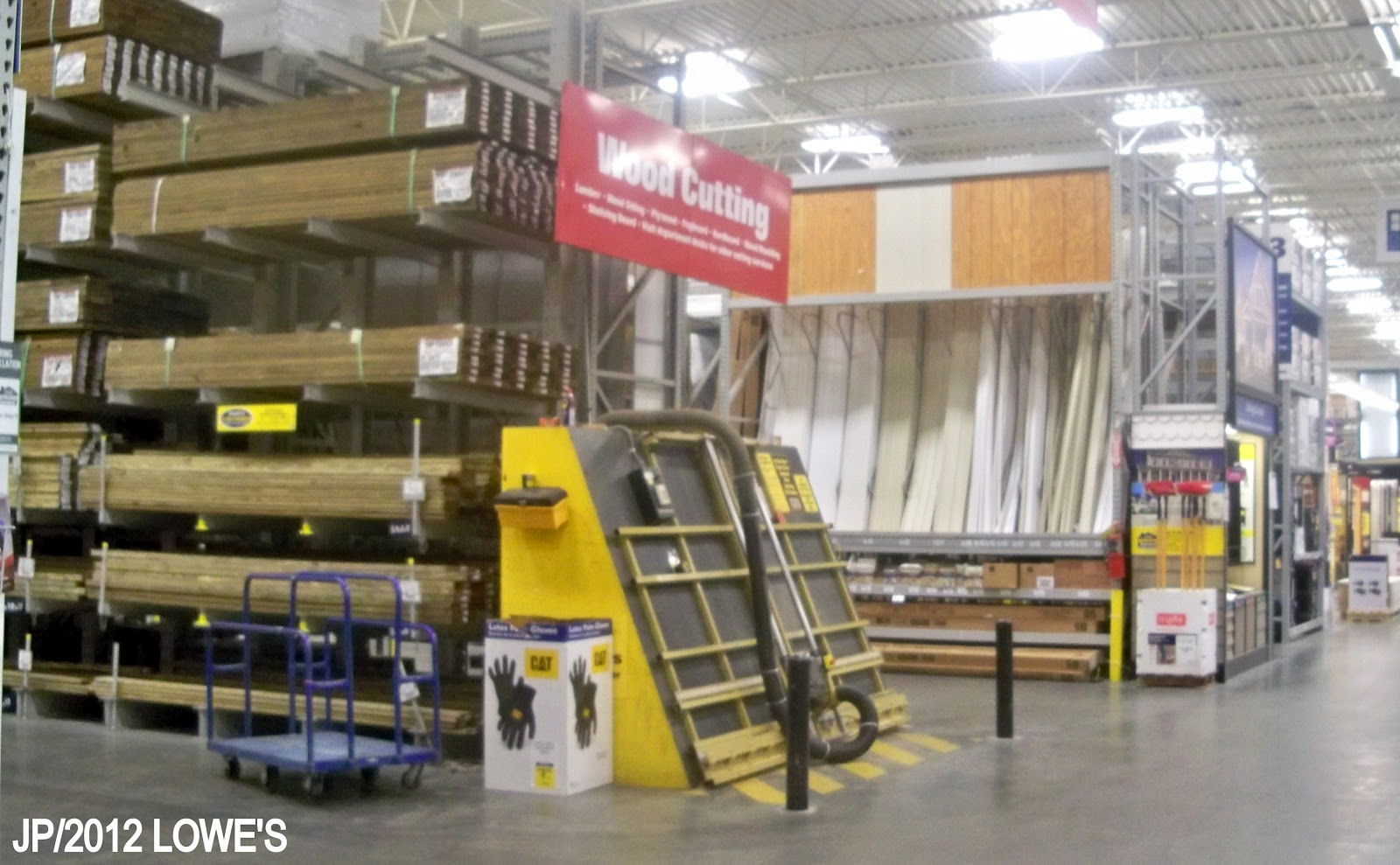 Remarkable Lowe's Home Improvement Warehouse Store 1600 x 989 · 228 kB · jpeg