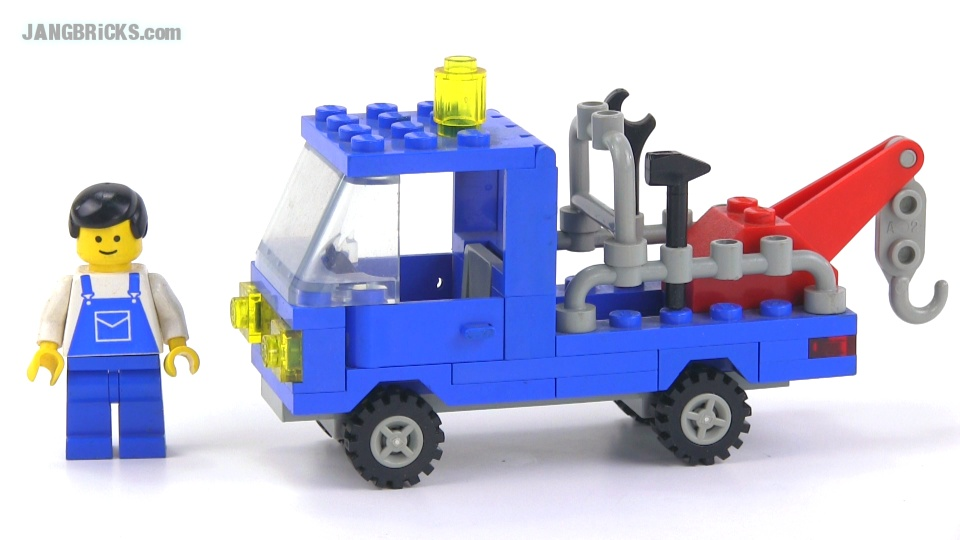 LEGO classic Town 6656 Tow Truck from 1985, reviewed