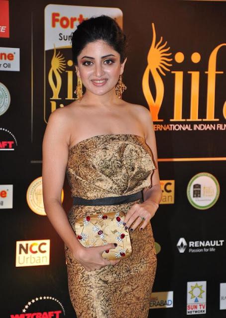 Poonam Kaur Photos at IIFA Utsavam Awards 2016