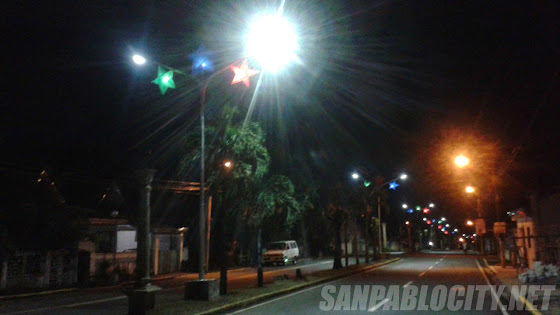 Lanterns At Balagtas Boulevard, Christmas In San Pablo City 2014