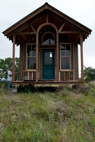 Lloyds Blog Tiny House Village to Shelter Homeless in Texas