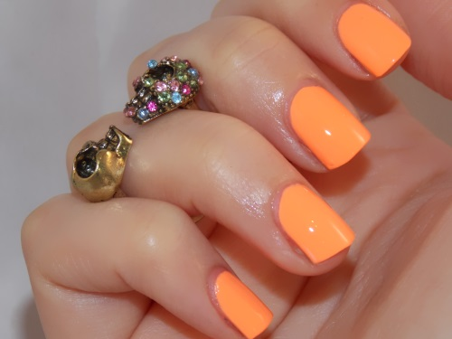 Beauté blog blogueuse psychosexy tendance summer 2013 vernis nail art china glaze sun of a peach nailstorming 5