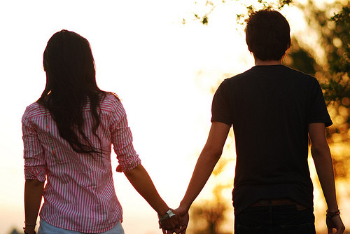 Wallpapers Designs: free pictures of holding hands ...