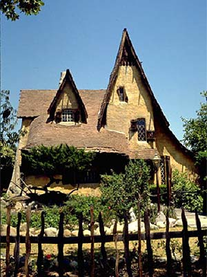 The La Rambler Famous Movie House Locations