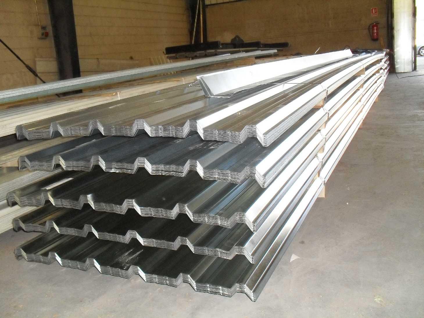 Instaladores panel s ndwich madrid for Tipos de cubiertas para tejados
