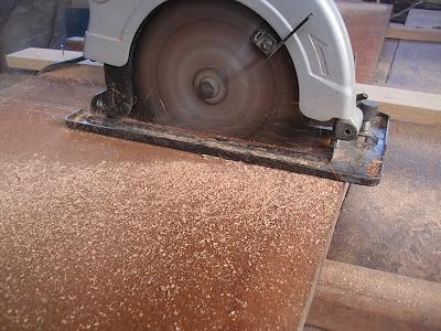 Herramientas de carpinteria hacer muebles for Manual para hacer muebles