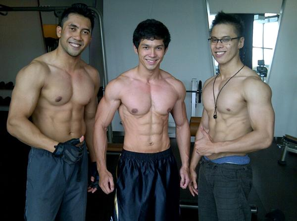 model cowok iklan dettol  high performance for men