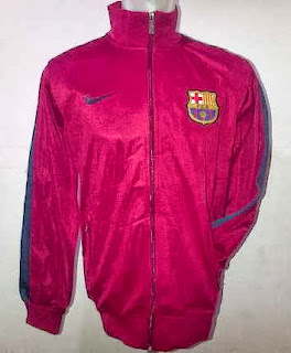 Jaket Bola Barcelona Warna Merah