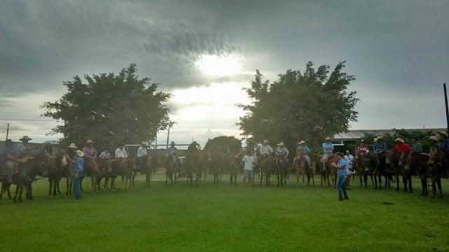 Cavalgada dos amigos de Indianópolis à Maringá