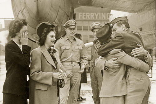 Louie zamperini returns home to the usa after his terrible experiences