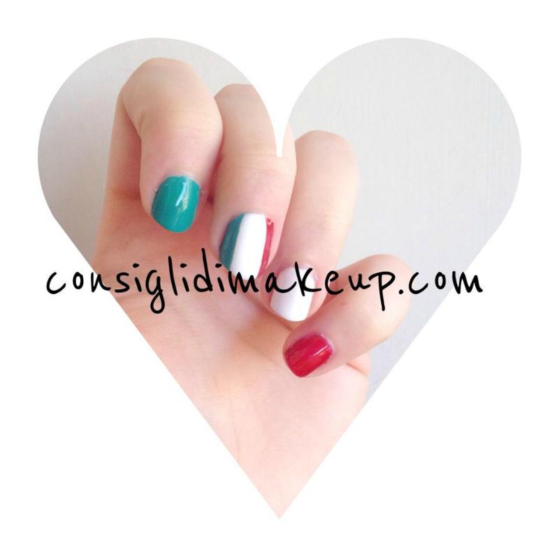 nail art bandiera italiana mondiali 2014