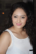 Actress Nikesha Patel photos-thumbnail-17